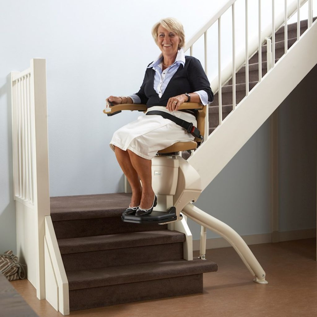Rembrandt - Curved Stairlift